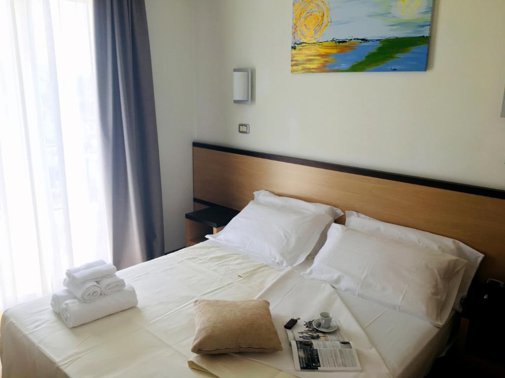 matrimoniale comfort Hotel Royal, Porto d'Ascoli (1)