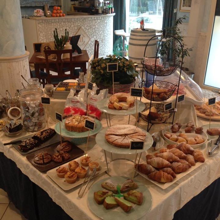 Buffet colazione Hotel Capital, Cupra Marittima (1)
