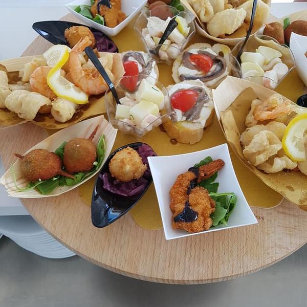 Beach Resort Happy Hour & After-dinner Restaurant Elios Beach Martinsicuro