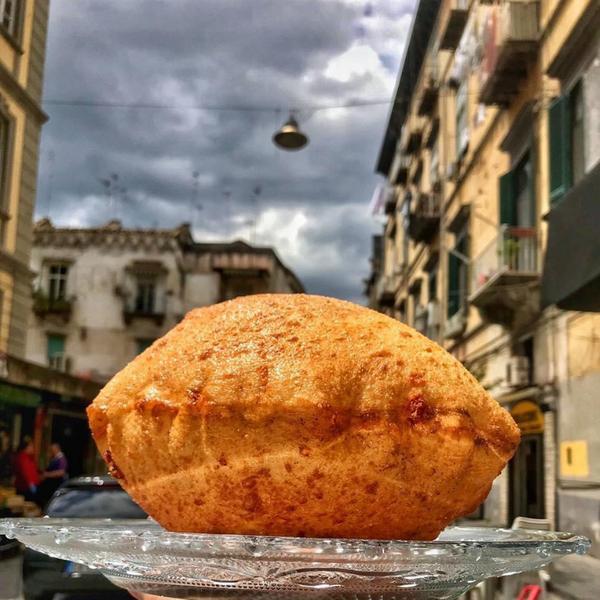 Isabella De Cham Pizza Fritta, Napoli (12)