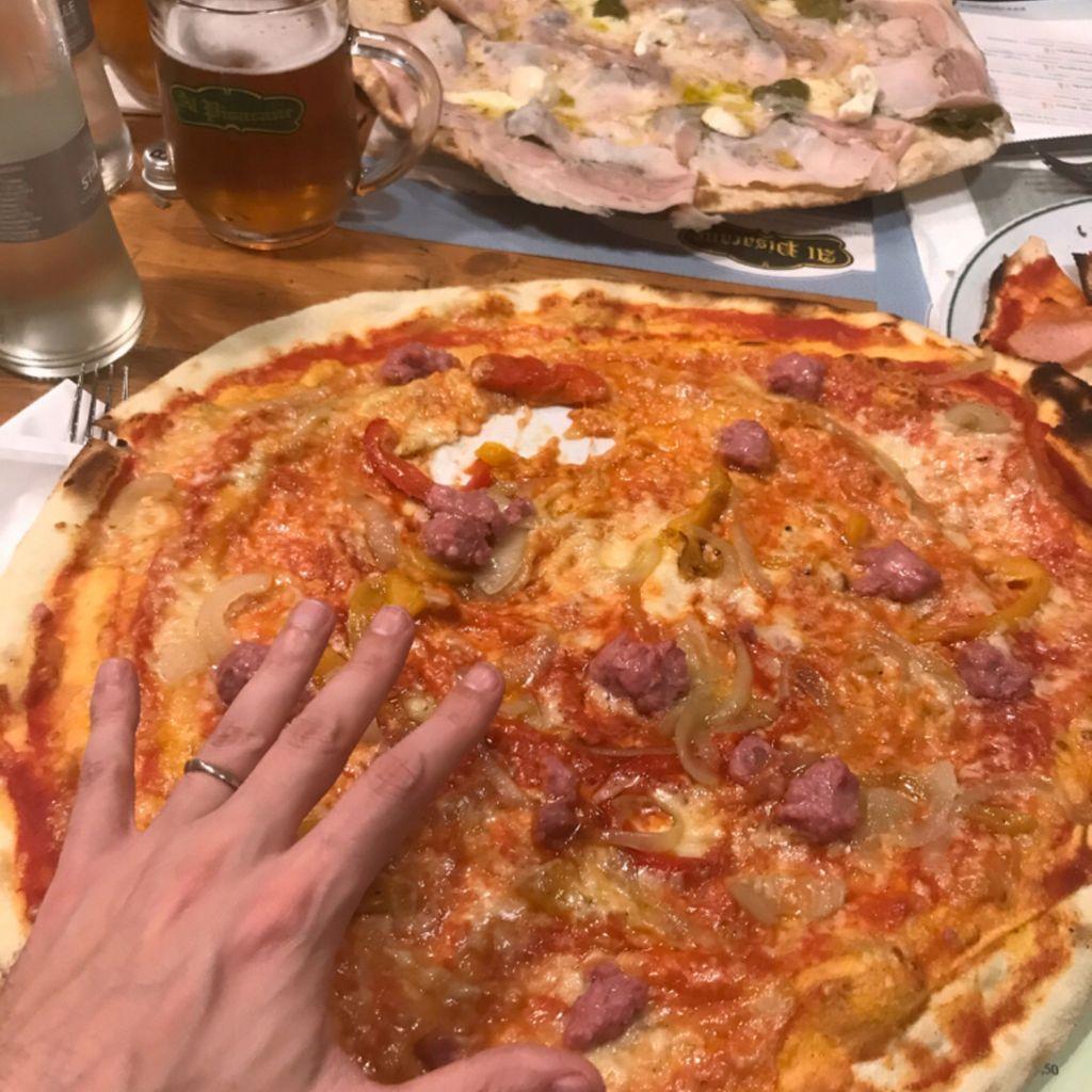 Pizza place Happy Hour & After-dinner Wine Bar Diner Pizzeria al Pisacane Genoa