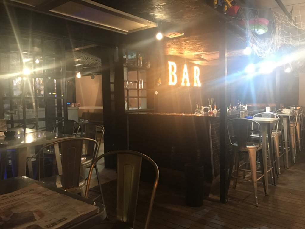 Happy Hour & After-dinner Coffee Bar Fronte Del Porto San Benedetto del Tronto