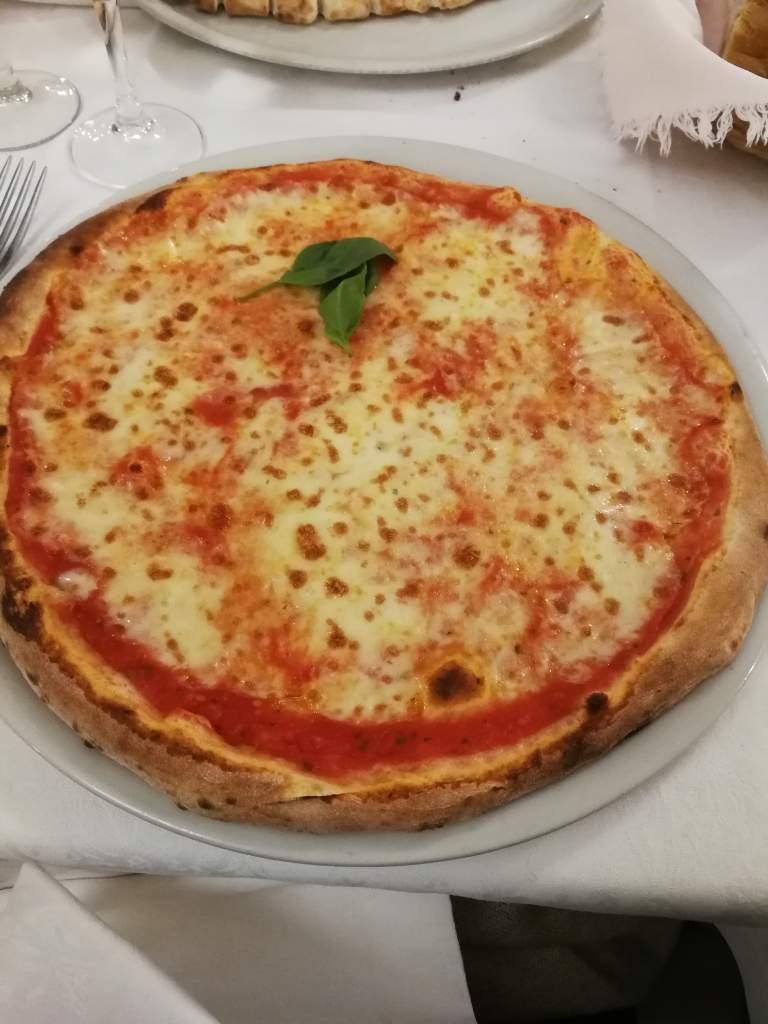 Pizza place Diner Incrocio Montegrappa Bologna
