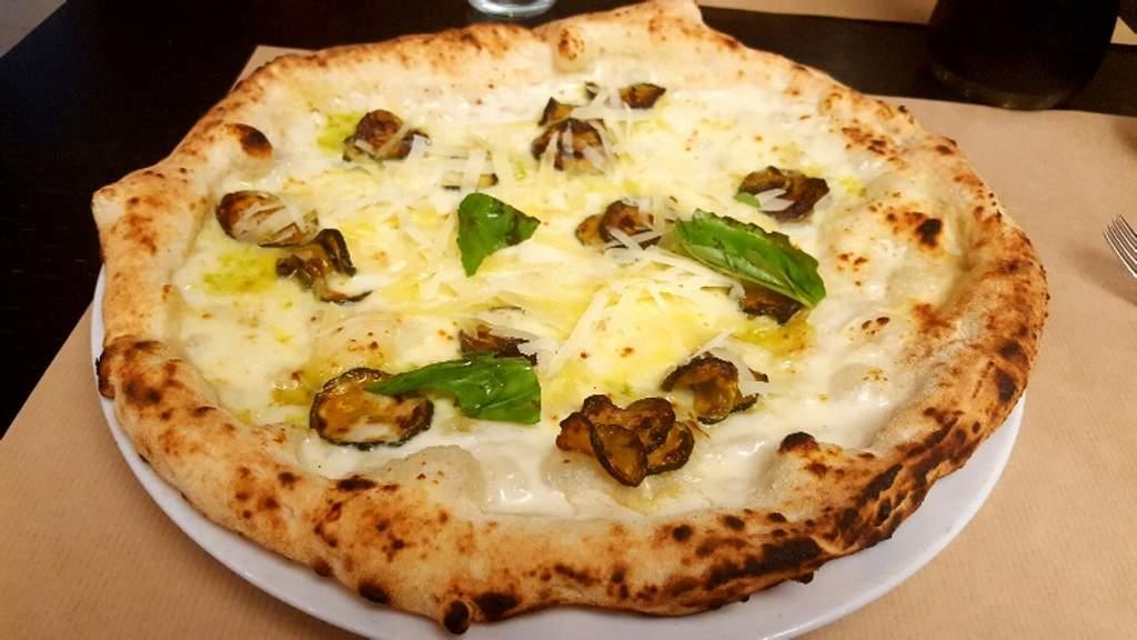 Pizzeria Pausa pranzo DEGUSTA Avellino