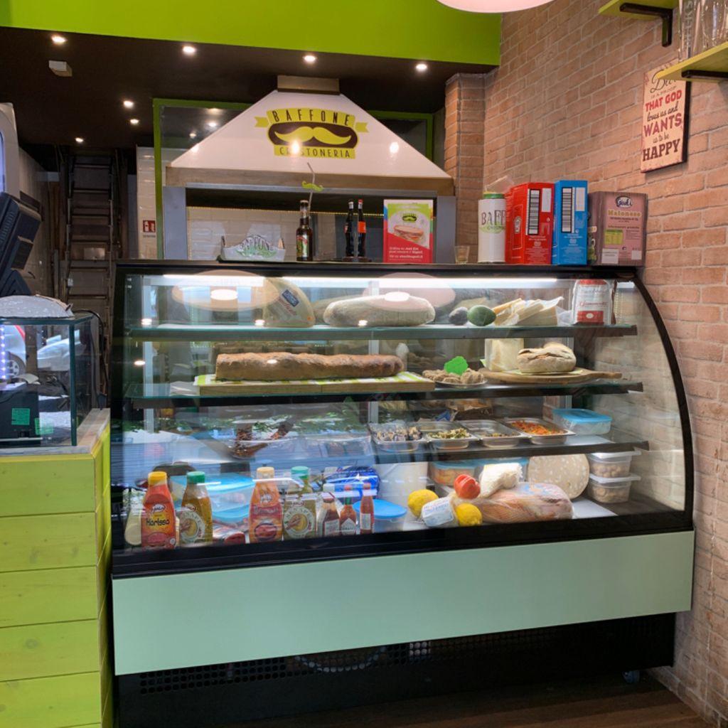 Fast Food Diner Restaurant Baffone Crostoneria Vomero