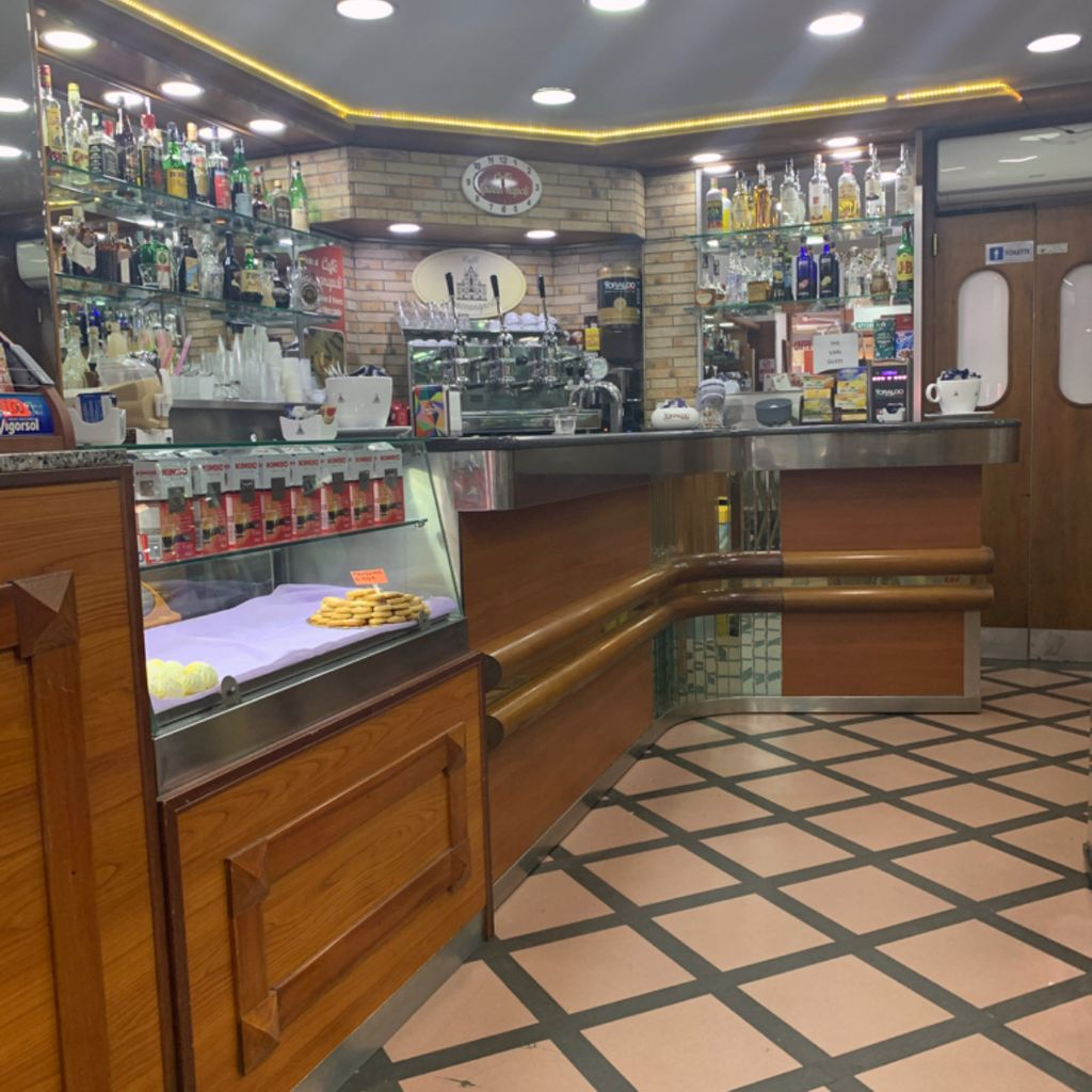 Coffee Bar Happy Hour & After-dinner Caffè Spaccanapoli Miano