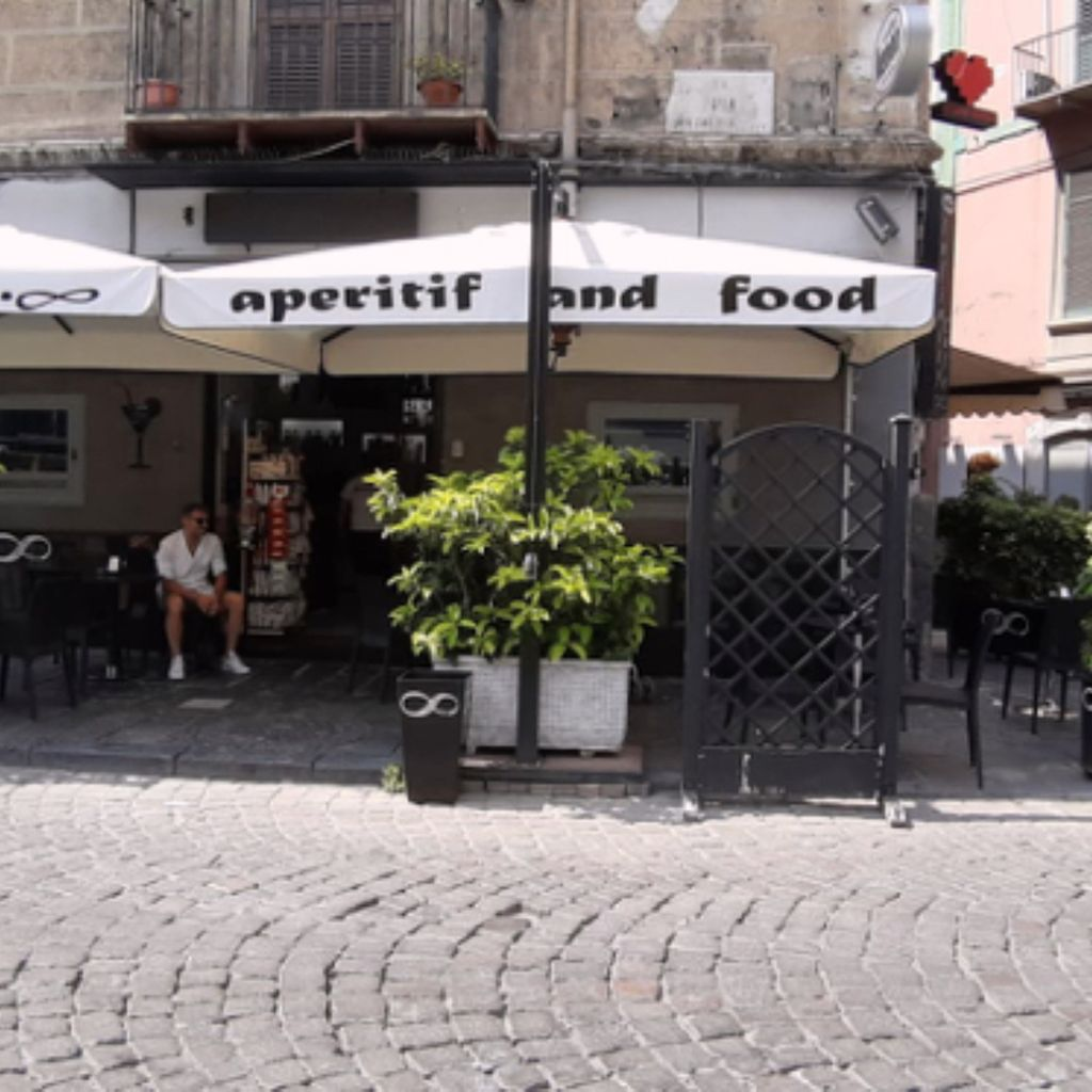 Coffee Bar Happy Hour & After-dinner Diner Wine Bar Infinity Cafè Stella (Rione Santa)