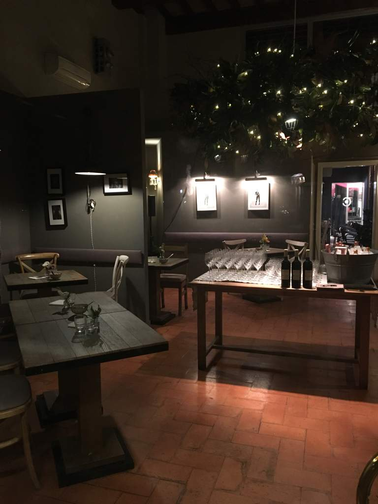 Coffee Bar Happy Hour & After-dinner Wine Bar Bistro Mon Cafe Modena