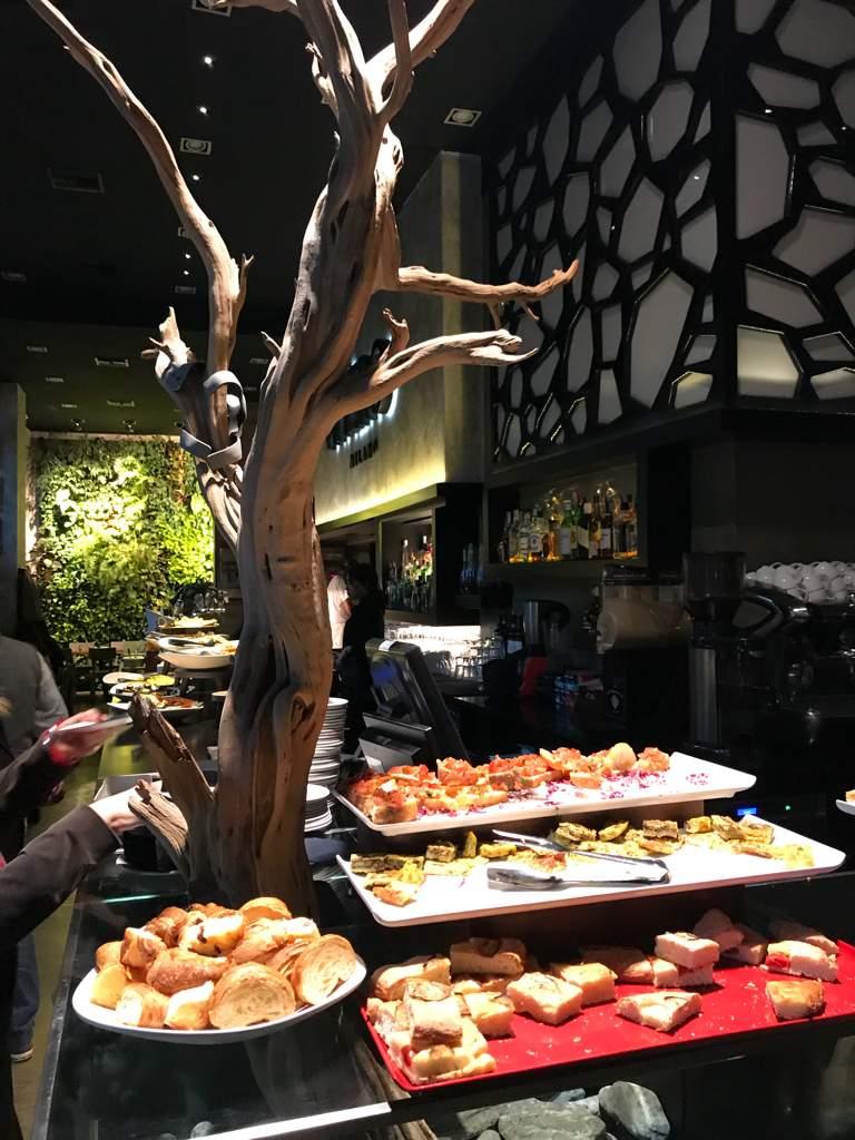 Restaurant Happy Hour & After-dinner Nhero Centro Direzionale