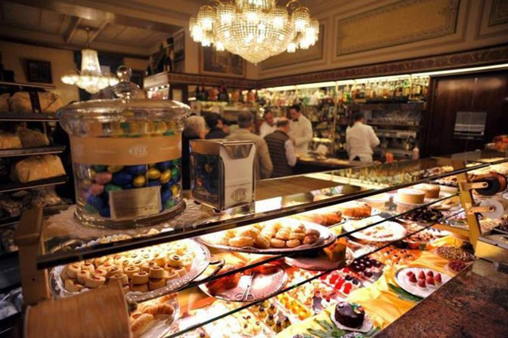 Coffee Bar Dessert and Pastry Shop Pasticceria Cova  Milan