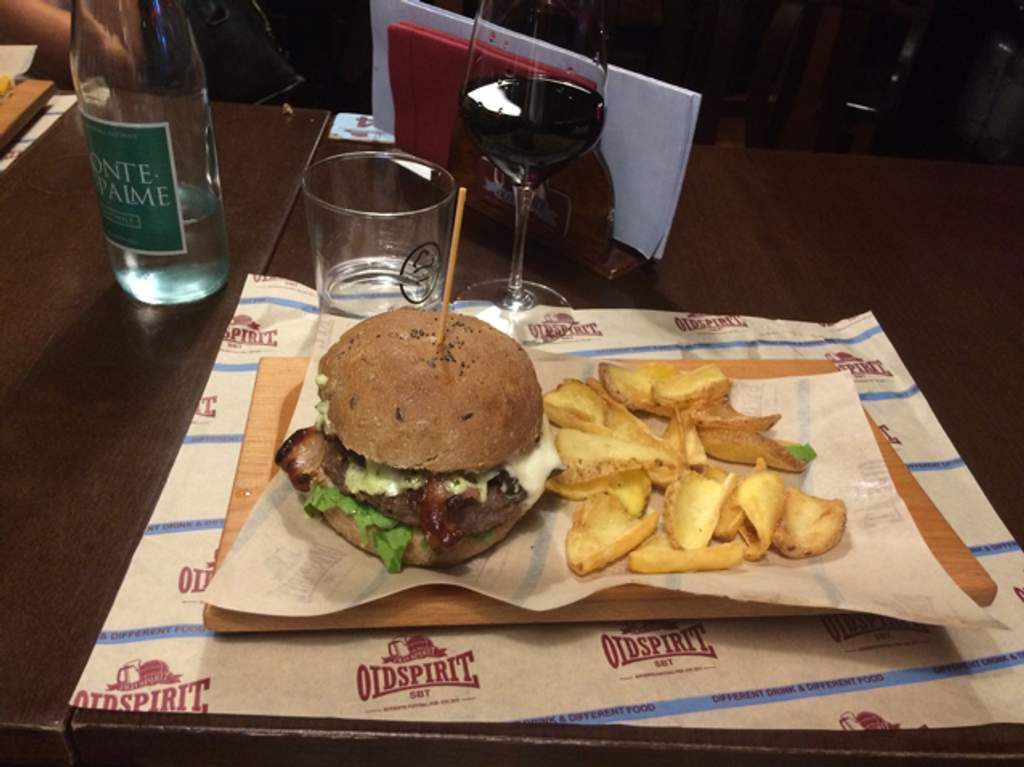 Pub Gastropub Sandwich Shop Old Spirit Authentic Football Pub San Benedetto del Tronto