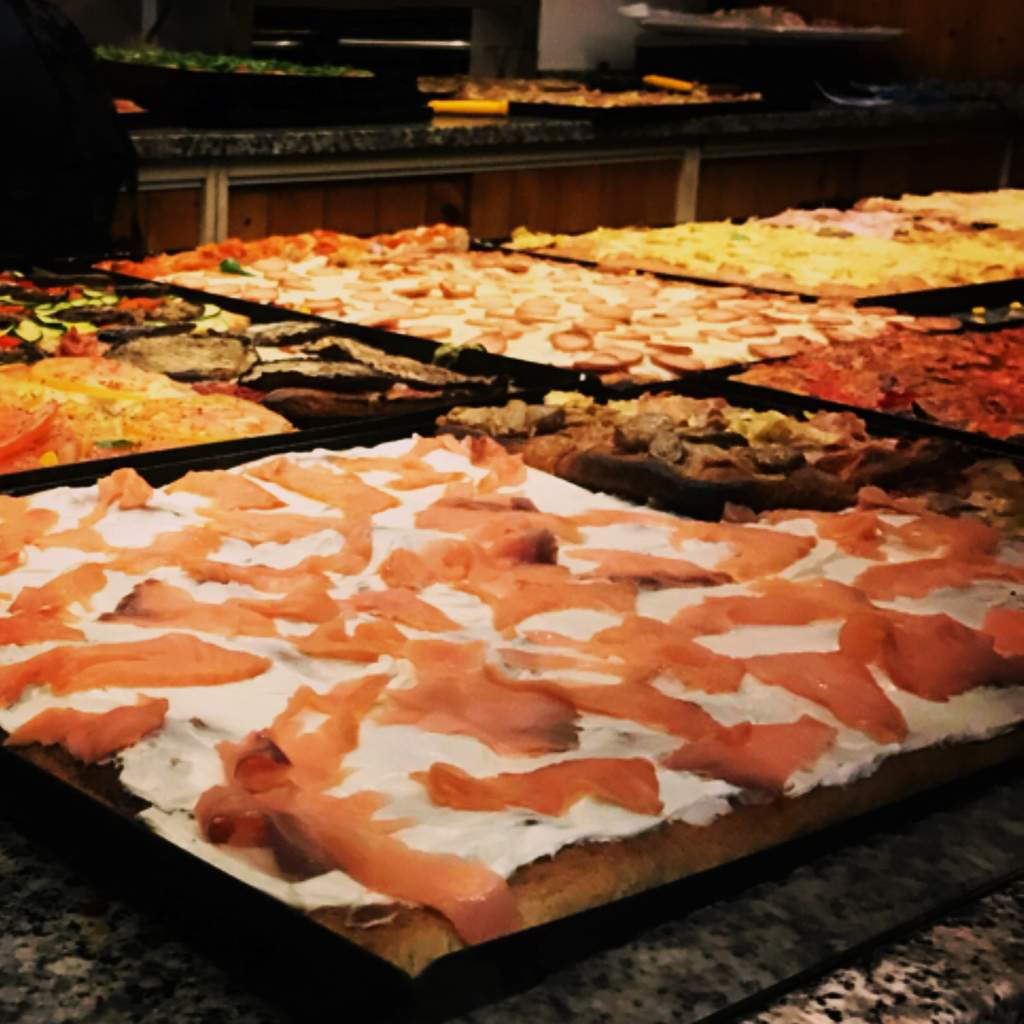 Pizza by the slice Pizzeria Azzurra San Benedetto del Tronto
