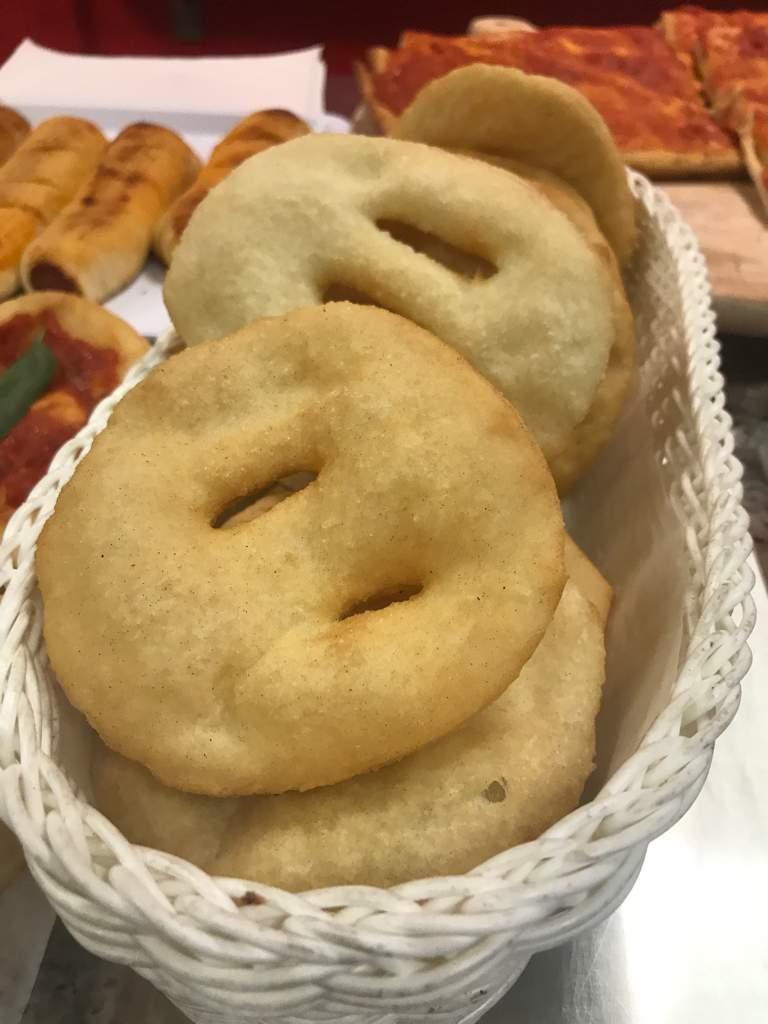 Pizzeria al taglio Pizza Margherita Martinsicuro