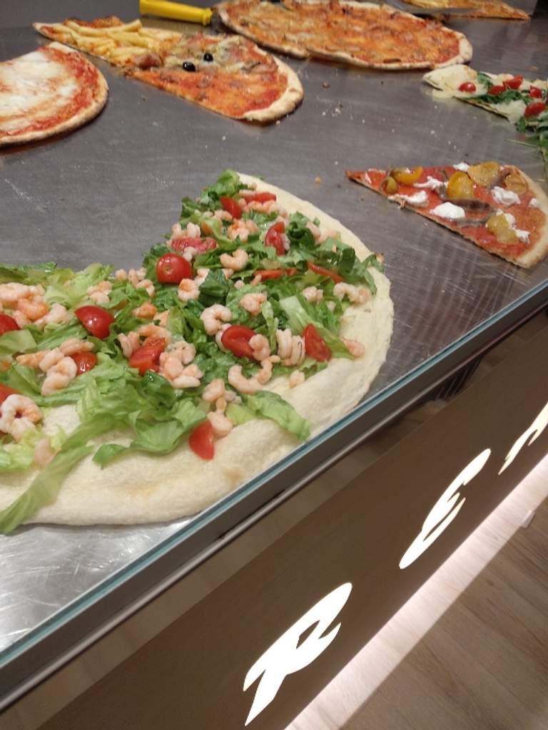 Pizza by the slice Panarea Martinsicuro