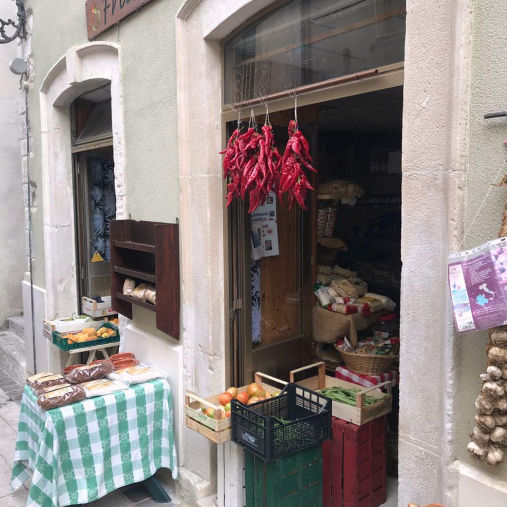 Grocery shop Frutteria Caramanico Terme
