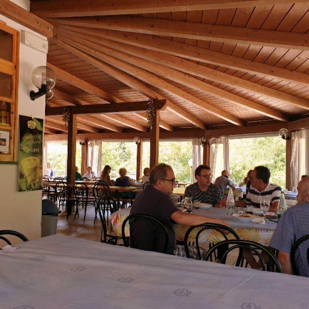 Restaurant Ristorante La Crescia Valcarecce