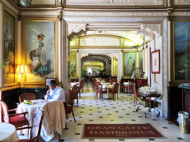 Gran Caffè Gambrinus, Napoli - Caffè letterario