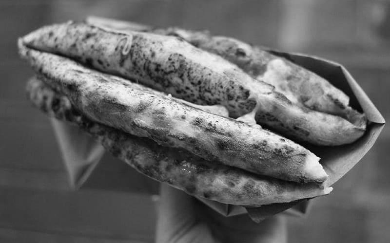 , LA PIZZERIA PIÙ ANTICA DEL MONDO, Foodiestrip.blog