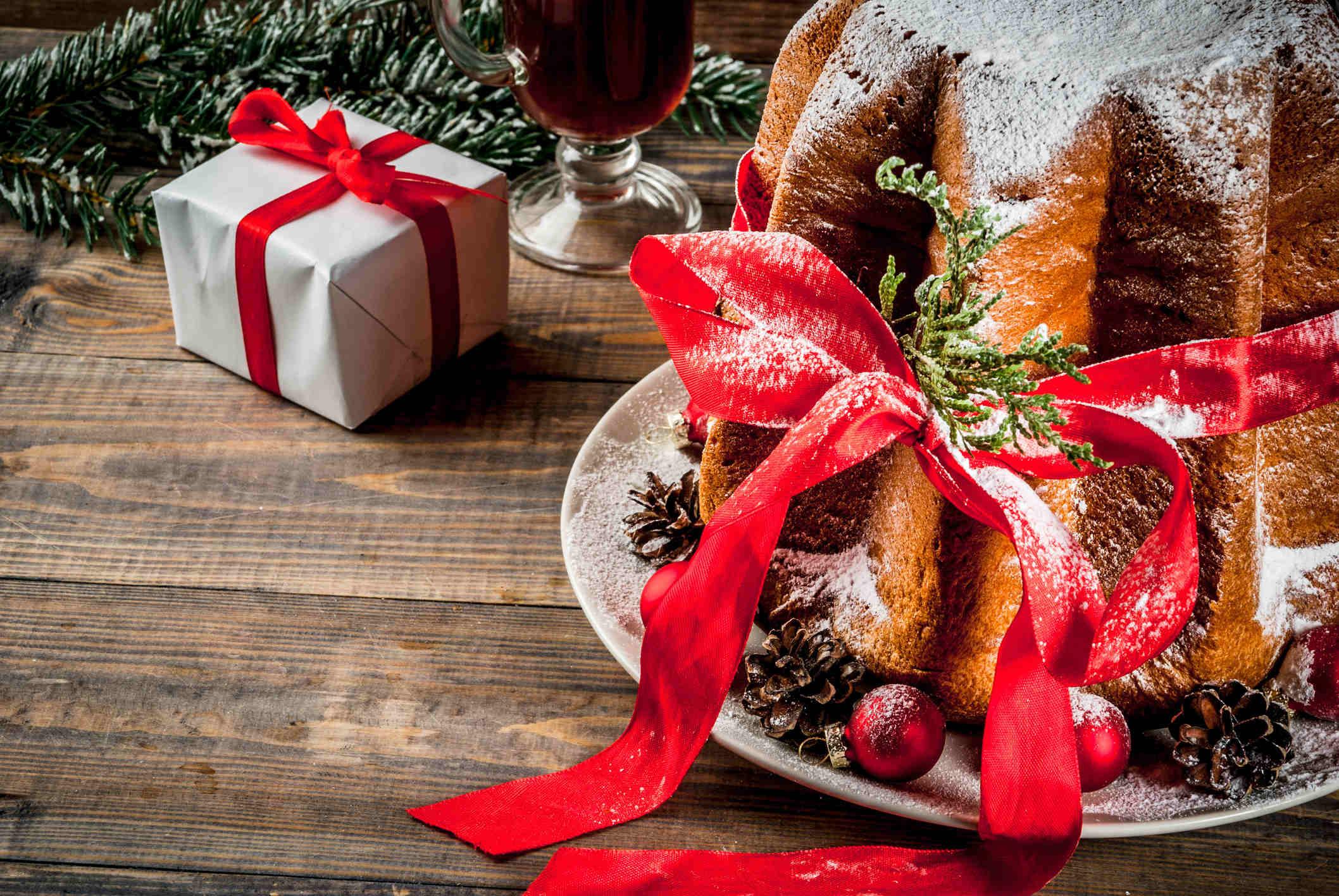 , PANDORO: HISTORY OF A CHRISTMAS CAKE AND ITS INVENTOR, DOMENICO MELEGATTI, Foodiestrip.blog