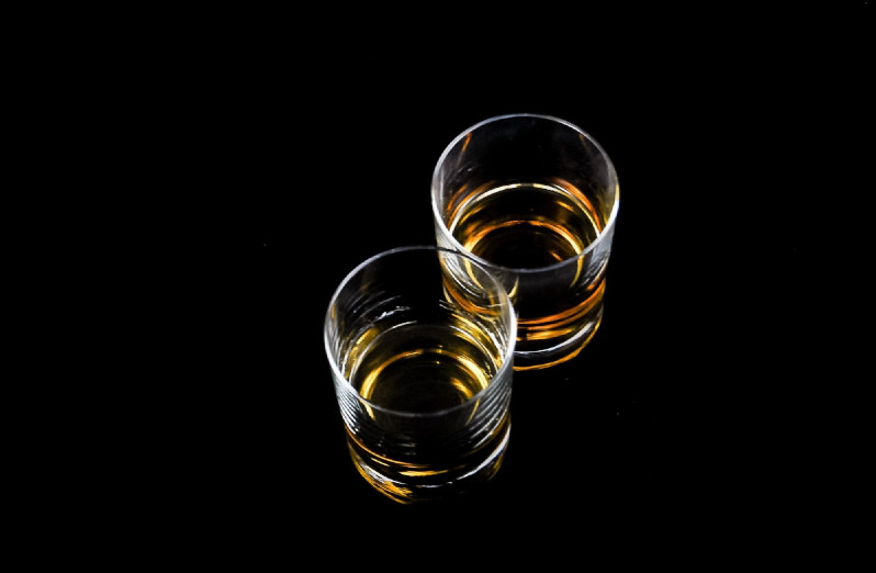 HOW TO TASTE A GOOD WHISKY