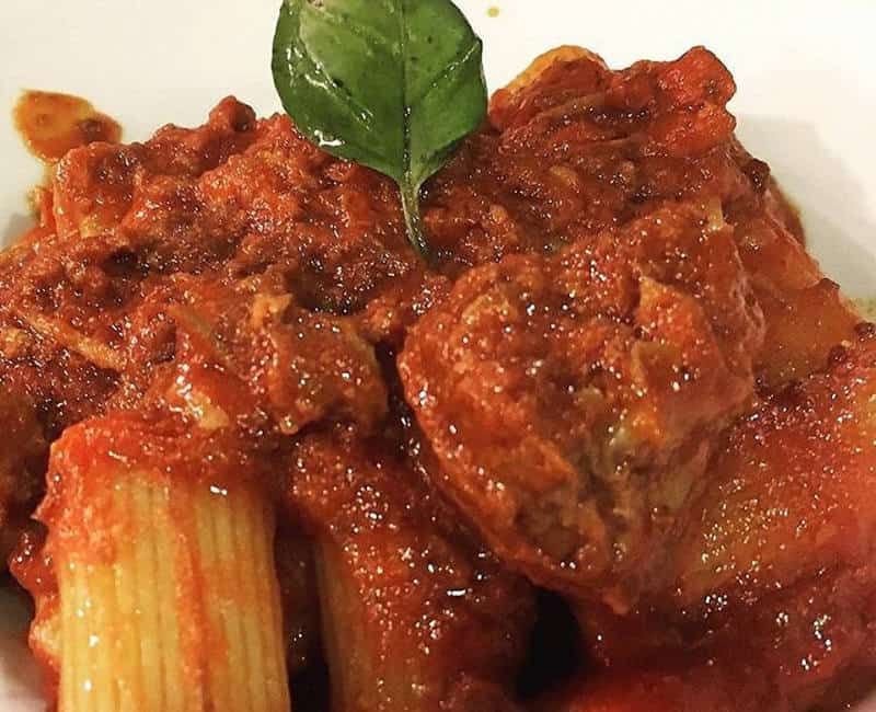 , MANUELA MIRABILE'S  TANDEM RAGU': HER WINNING BET, Foodiestrip.blog