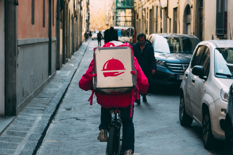 CORONAVIRUS AND FOOD DELIVERY: TIPS FOR RESTAURANTS
